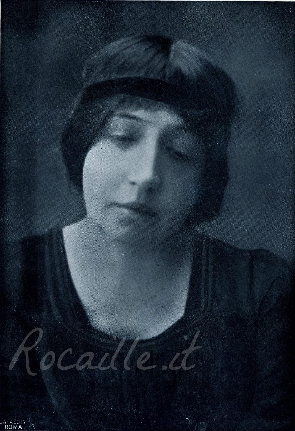 rocaille-nella-doria-cambon-poetessa