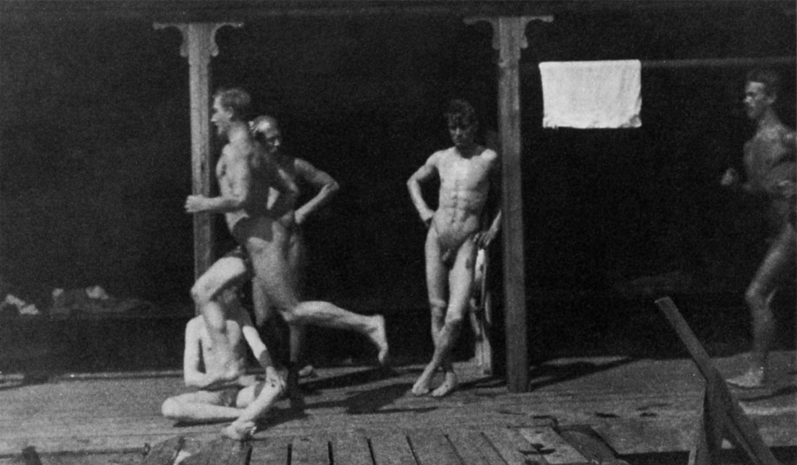 Ragazzi che gareggiano ai Flottans Badhus