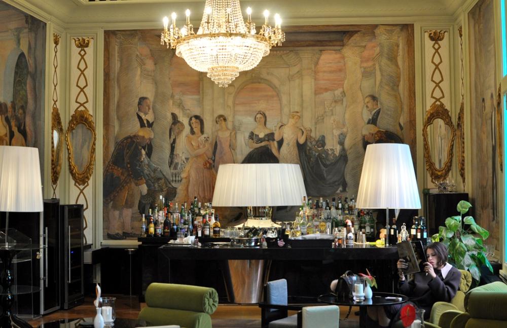 rocaille-hotel-ambasciatori-roma-affreschi-guido-cadorin-20s