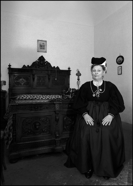 ITALY, Abruzzi, Scanno. Woman wearing traditional costume.