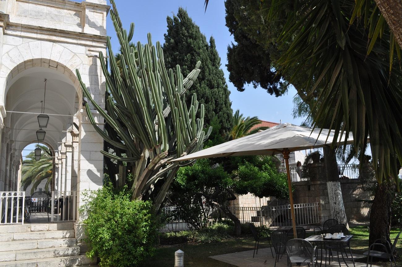 rocaille-blog-jerusalem-israel-holy-land-easter-austrian-hospice-rooftop-50