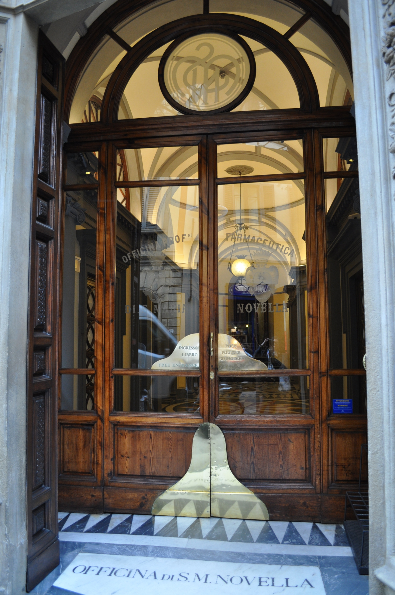 rocaille-blog-officina-profumo-farmaceutica-santa-maria-novella-shop-negozio-storico-sede-firenze-15