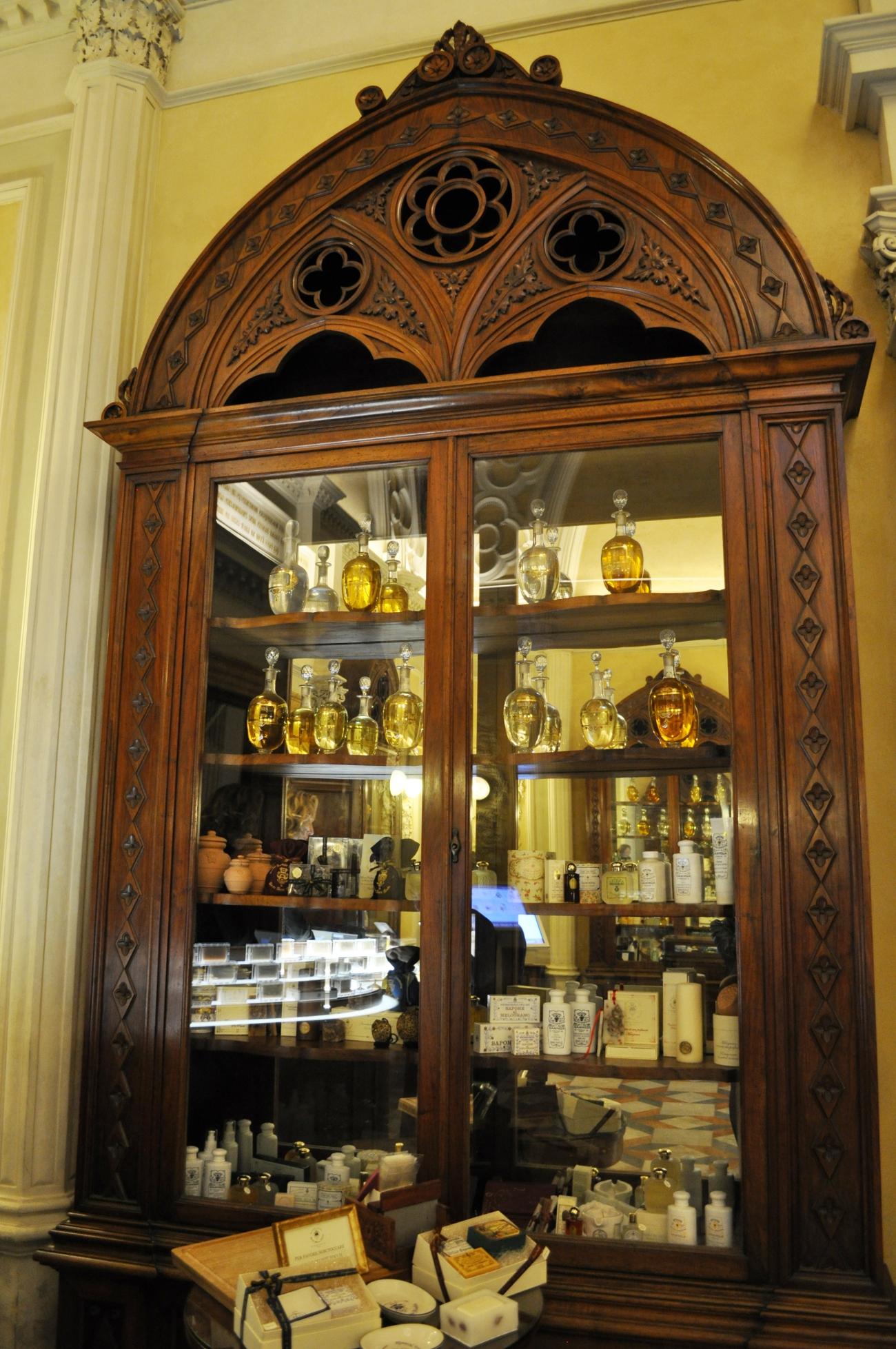 rocaille-blog-officina-profumo-farmaceutica-santa-maria-novella-shop-negozio-storico-sede-firenze-74