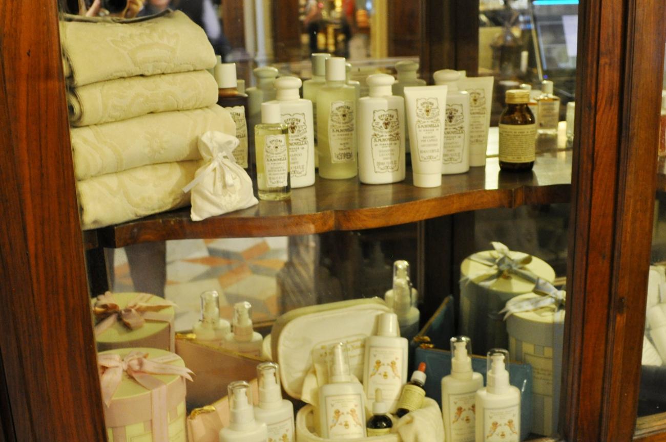 rocaille-blog-officina-profumo-farmaceutica-santa-maria-novella-shop-negozio-storico-sede-firenze-76