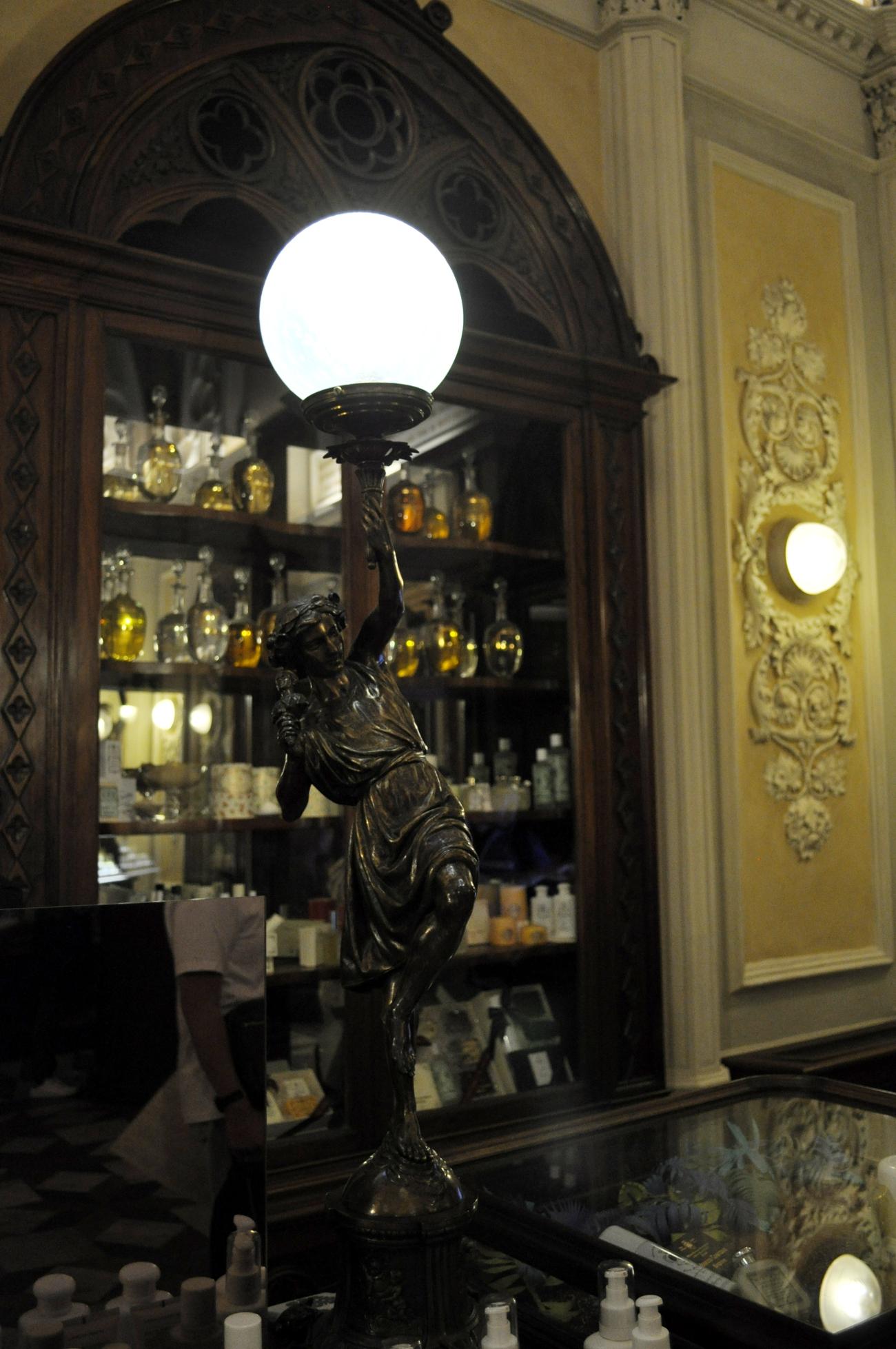 rocaille-blog-officina-profumo-farmaceutica-santa-maria-novella-shop-negozio-storico-sede-firenze-77