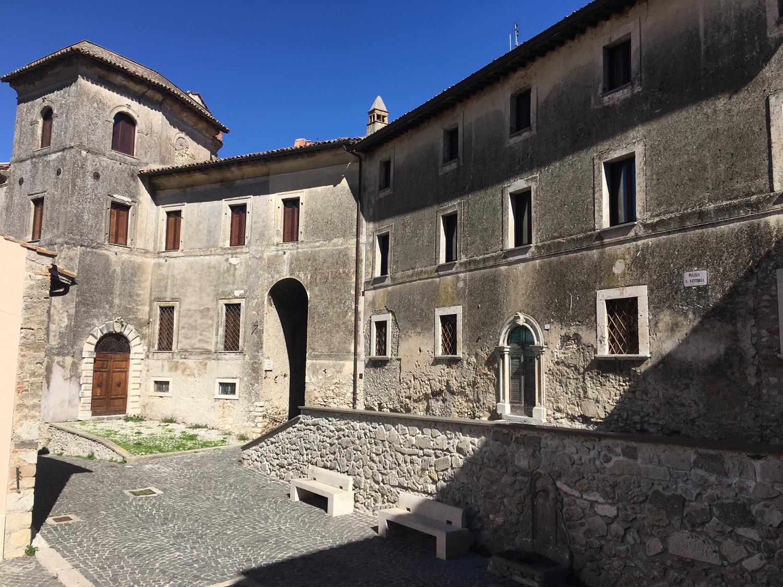 rocaille-blog-le-muse-di-anticoli-corrado-25