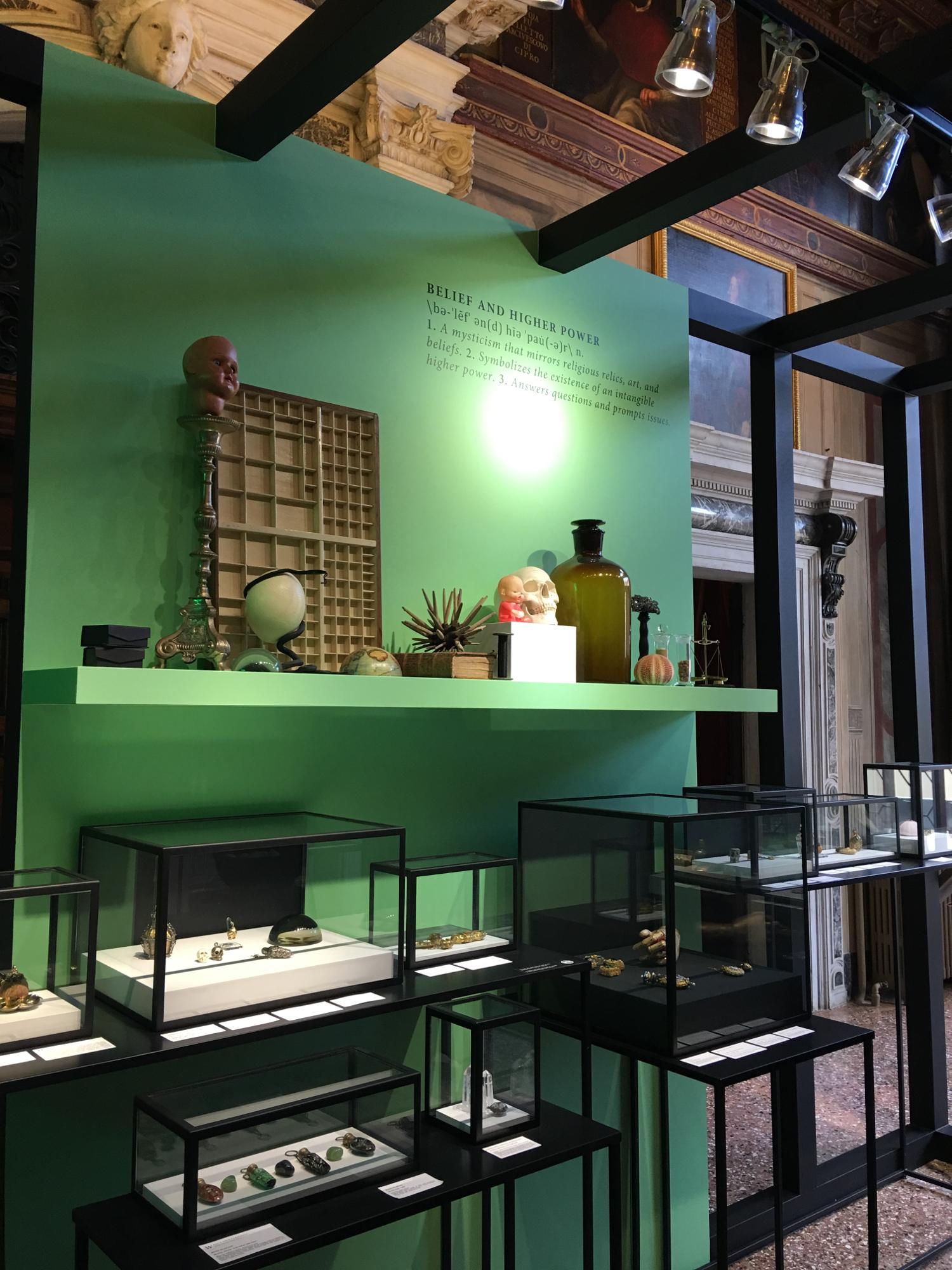 rocaille-blog-venezia-palazzo-mocenigo-cabinet-of-curiosities-collezione-storp-profumo-1