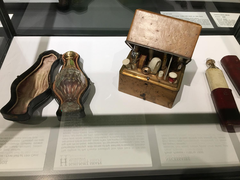 rocaille-blog-venezia-palazzo-mocenigo-cabinet-of-curiosities-collezione-storp-profumo-17