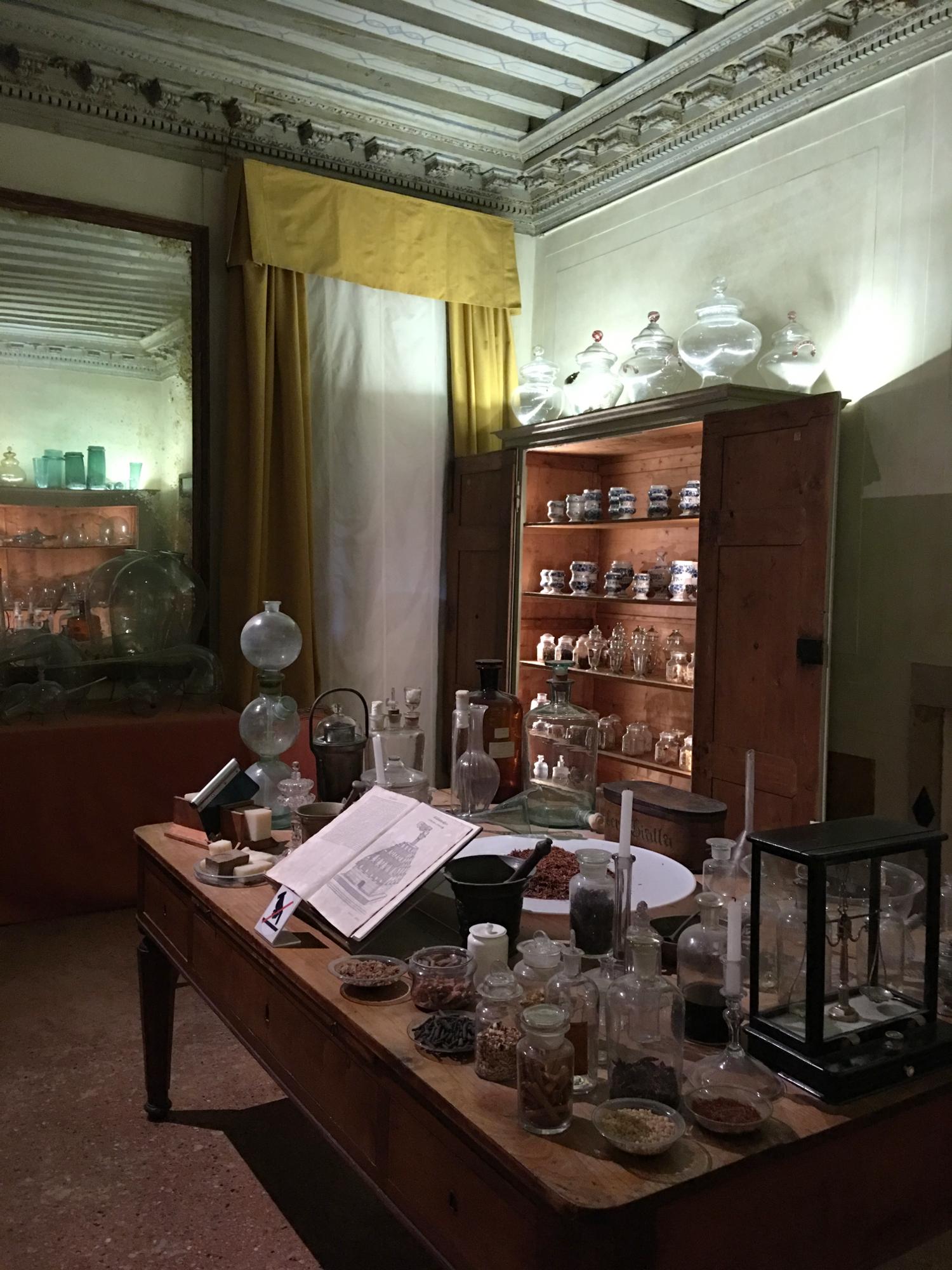 rocaille-blog-venezia-palazzo-mocenigo-percorso-profumo-mavive-vidal-49