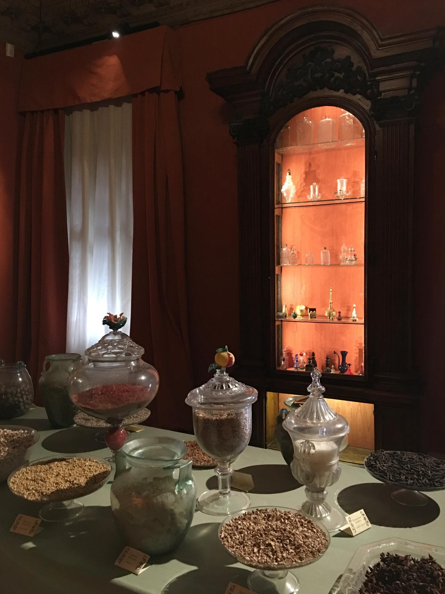 rocaille-blog-venezia-palazzo-mocenigo-percorso-profumo-mavive-vidal-56