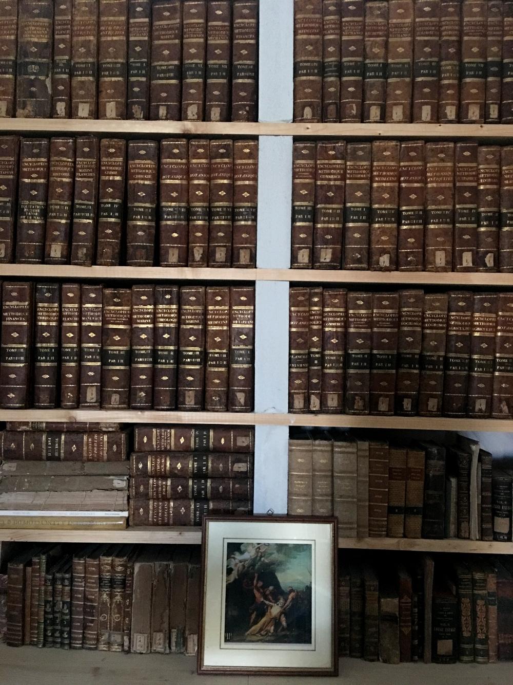 Villa-Valguarnera-biblioteca-Baghera-Sicilia-rocaille-blog-5