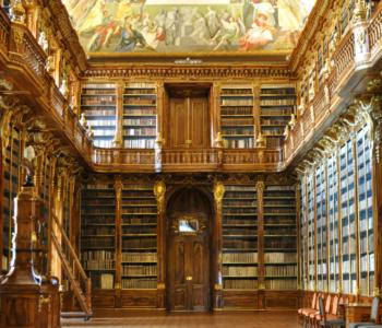 rocaille-Strahov-Monastery-library-praha